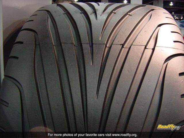 Goodyear Racing Tires >> V-Profil Fakten?