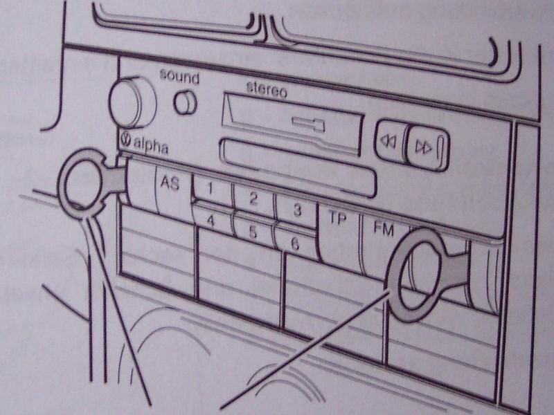 radio alpha ausbauen. Black Bedroom Furniture Sets. Home Design Ideas